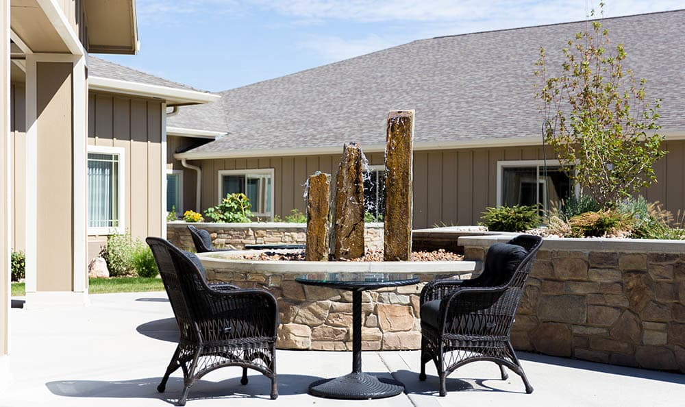 Hickory Hills Alzheimer's Special Care Center Patio Lounge