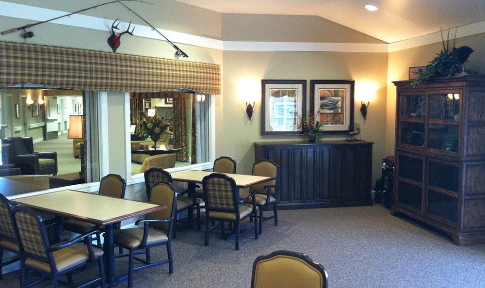 Dining Area at Autumn Hills Alzheimer's Special Care Center in Bloomington