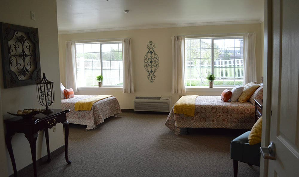 Shared Suite At Glen Oaks Alzheimer's Special Care Center