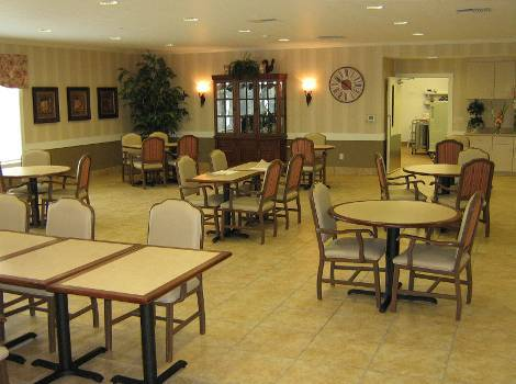 dining room at Hudson Creek Alzheimer's Special Care Center in Bryan, TX