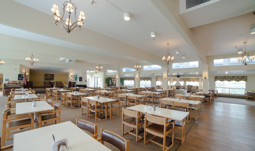 Olympics West Retirement Inn includes an elegant dining room