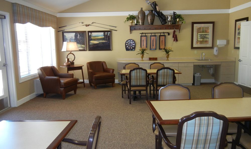 meeting area at Rock Creek Alzheimer's Special Care Center in Surprise, AZ