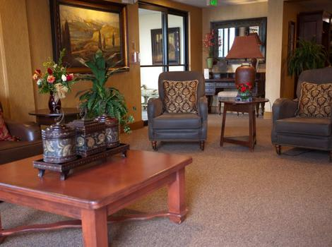 Living Space at Royal Columbian Retirement Inn in Kennewick