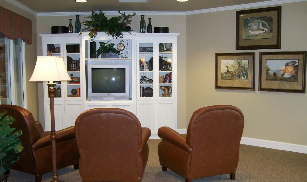 Living Room at Sugar Creek Alzheimer's Special Care Center in Normal