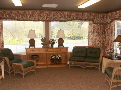Sunroom at Sugar Creek Alzheimer's Special Care Center in Normal