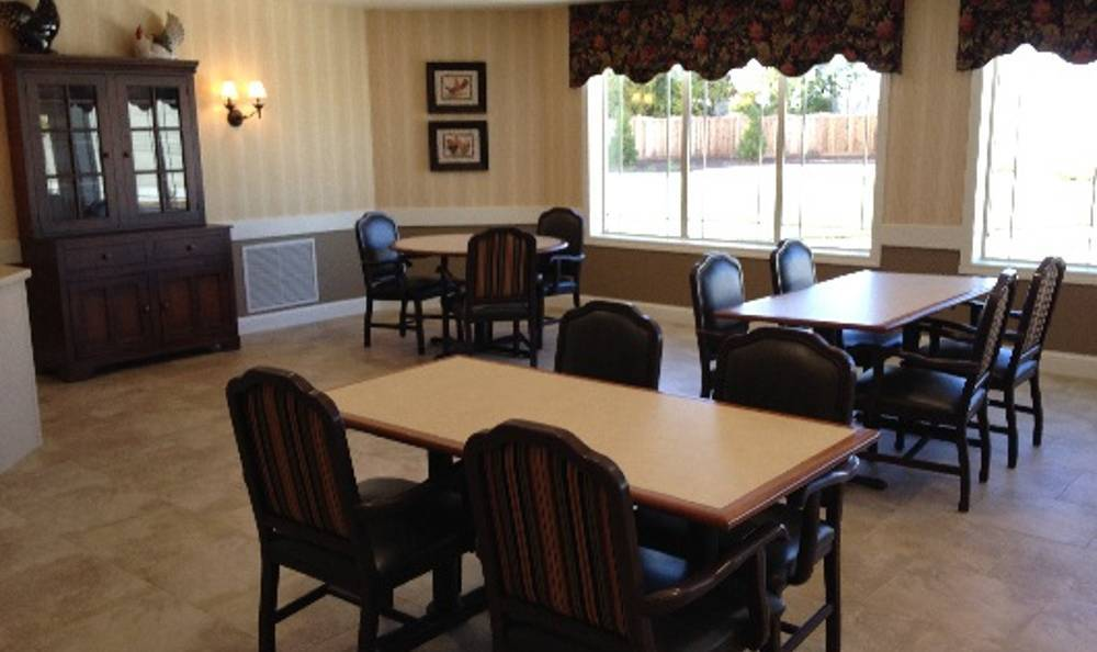 Dining room Arbor Trace Alzheimer's Special Care Center
