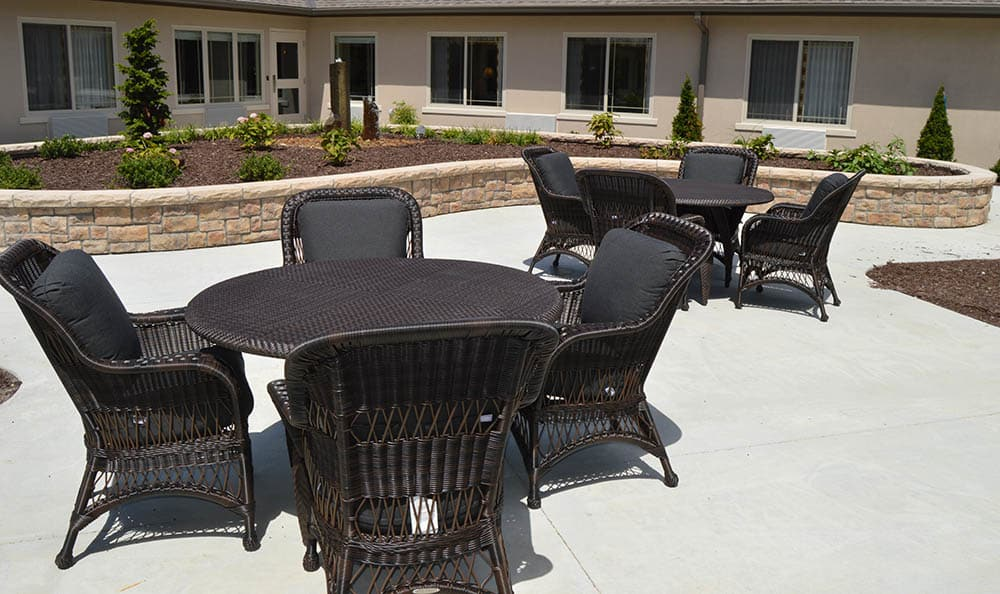 Walnut Creek Alzheimer's Special Care Center Patio Lounge