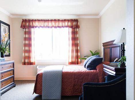 Warm sunny rooms at Pheasant Run Alzheimer's Special Care Center in South Jordan