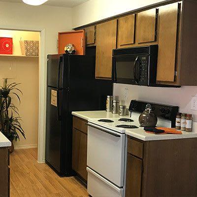Apartment kitchen at Bridge at Sterling Springs