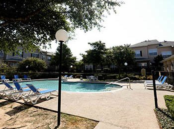 Apartment amenities at The Park at Summers Grove