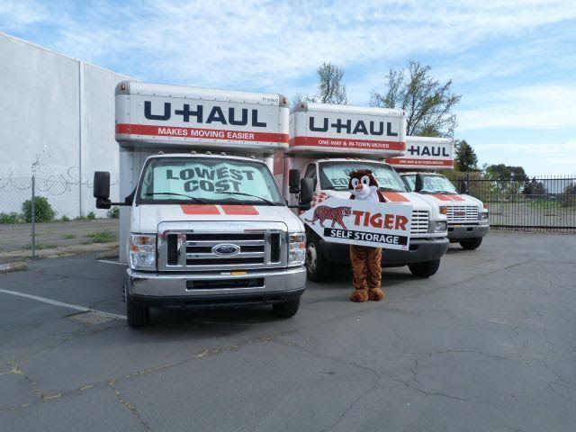 Truck rentals at the self storage in Sacramento