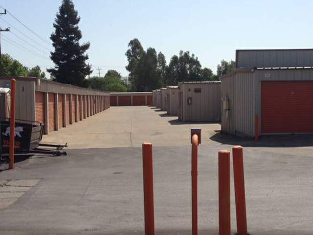 Genial ... Clean Exterior Units At The Self Storage Facility In North Highlands