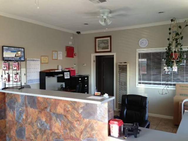 Gentil ... North Highlands Self Storage Has A Clean Office ...
