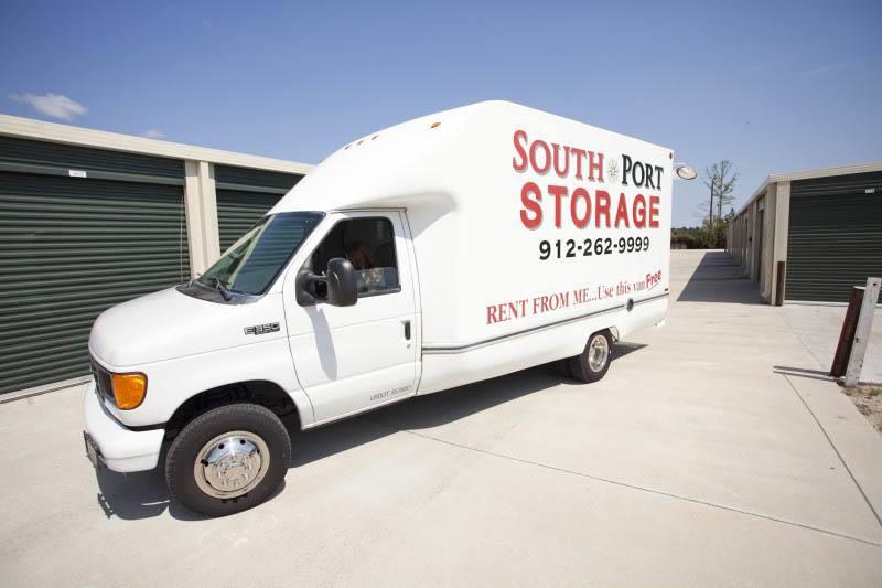 Self storage truck in Brunswick