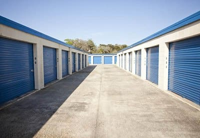 We've got climate-controlled storage units at Thunderbolt Self Storage to keep your items safe from the elements.