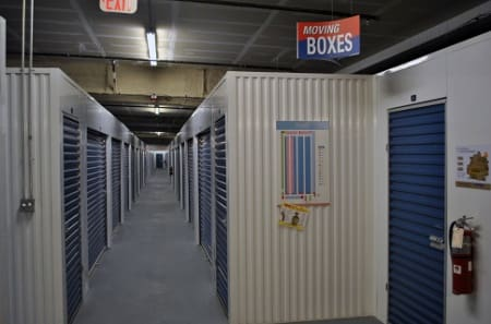 Tampa Florida self storage units with interior access