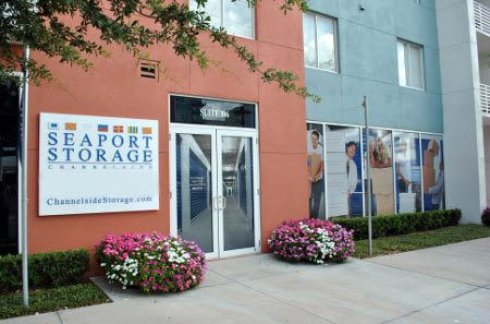 Storage building exterior in Tampa
