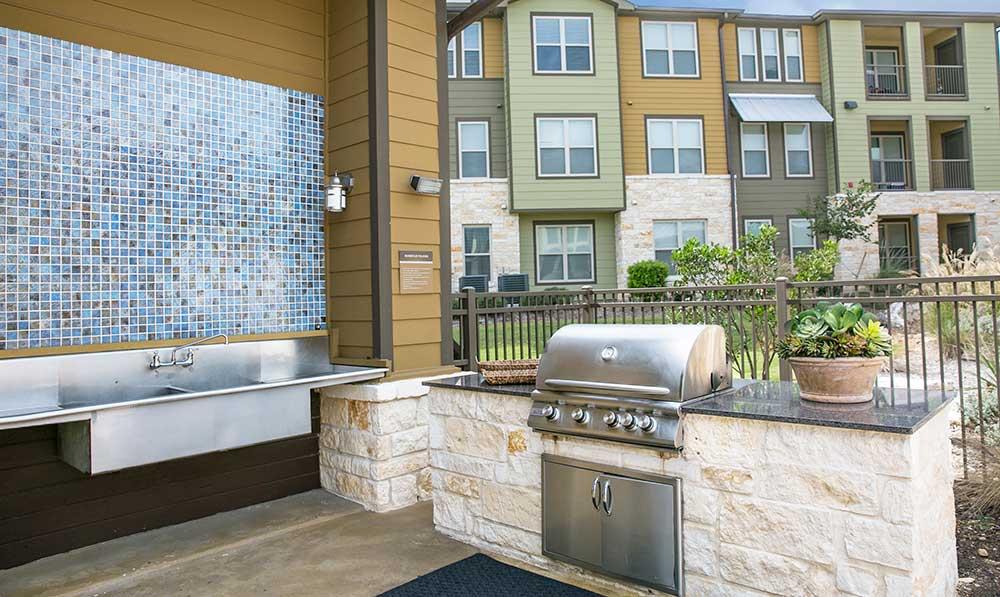 Outdoor kitchen at our san antonio apartments