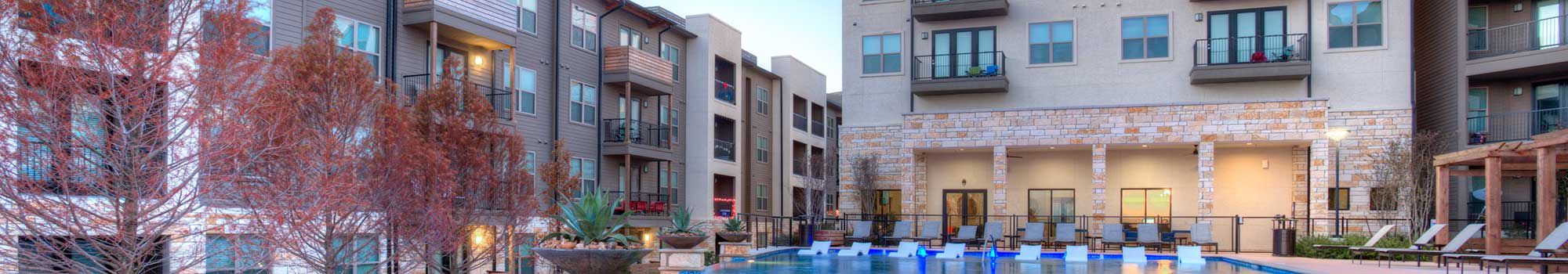 External view of our luxury apartment community at Axis at The Rim in San Antonio.