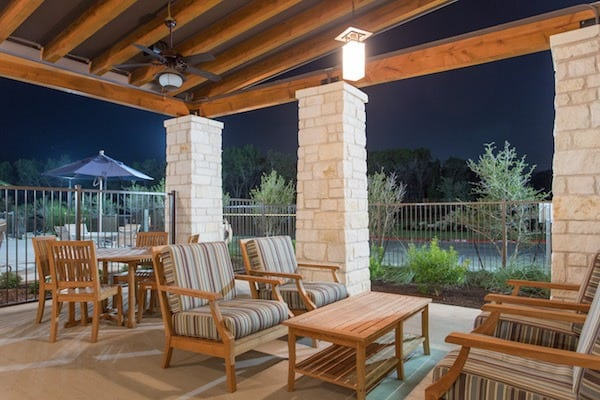 Poolside Lounge with WiFi at Ethos South Austin Apartments