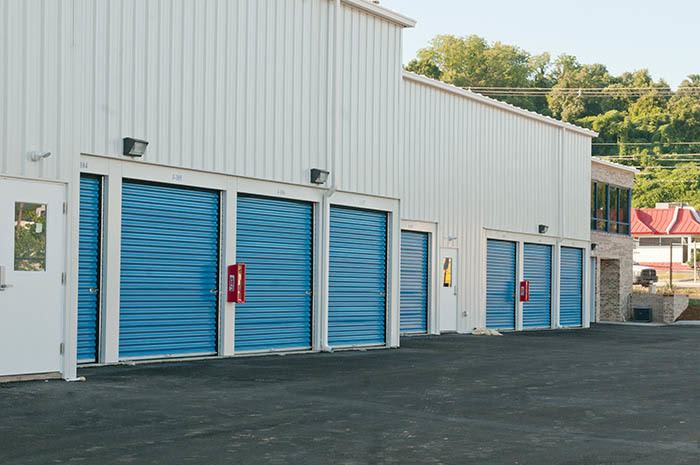 20+ choices of self storage at Virginia Varsity Self Storage