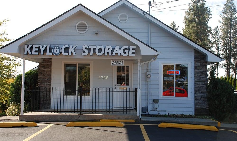 self storage office in Coeur d'Alene
