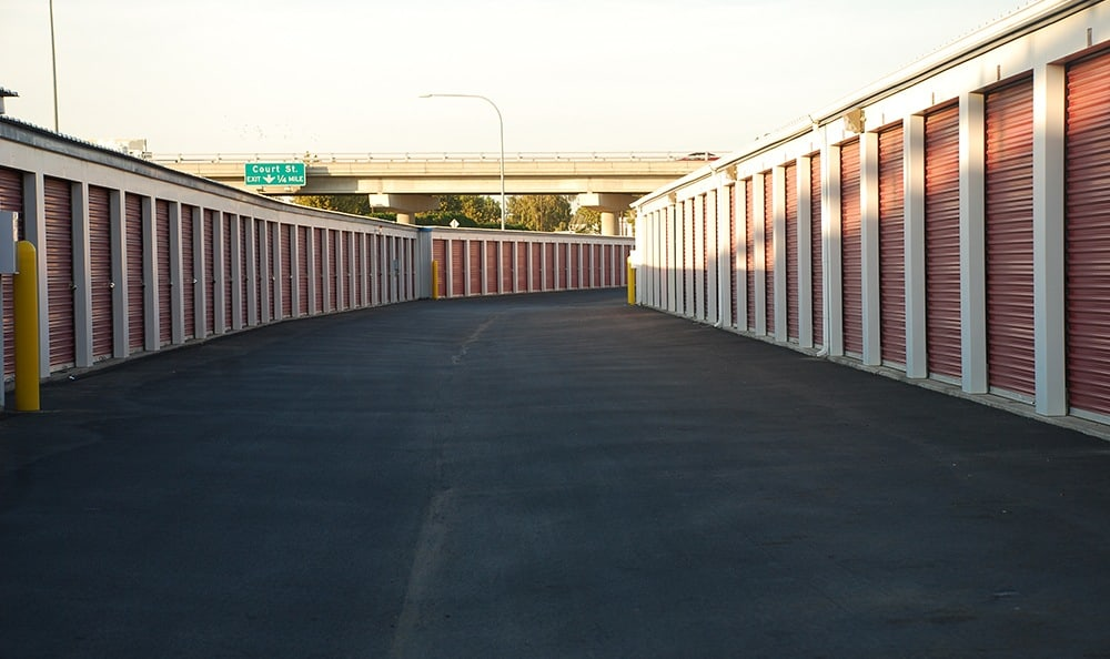 Rows of self storage units in Pasco