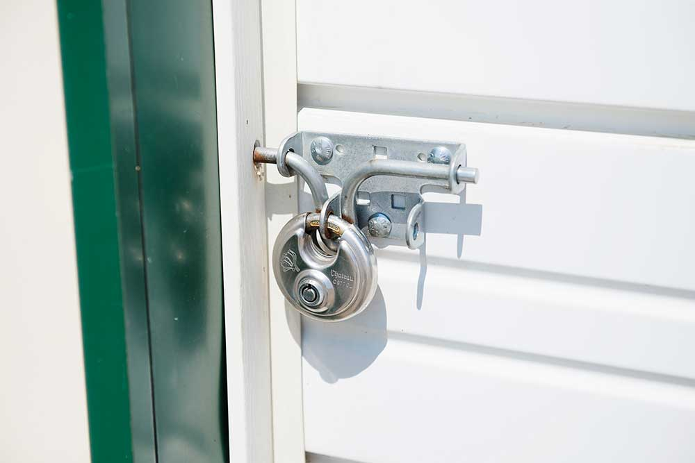 Keep your things safe at Keylock Storage.