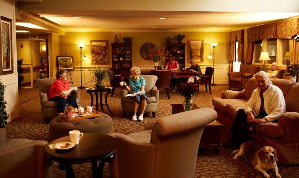 Relax in the Lobby At Senior Living In Ypsilanti MI