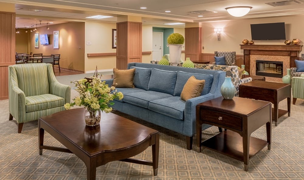 Lounge Of Senior Living In Grosse Pointe Farms, MI