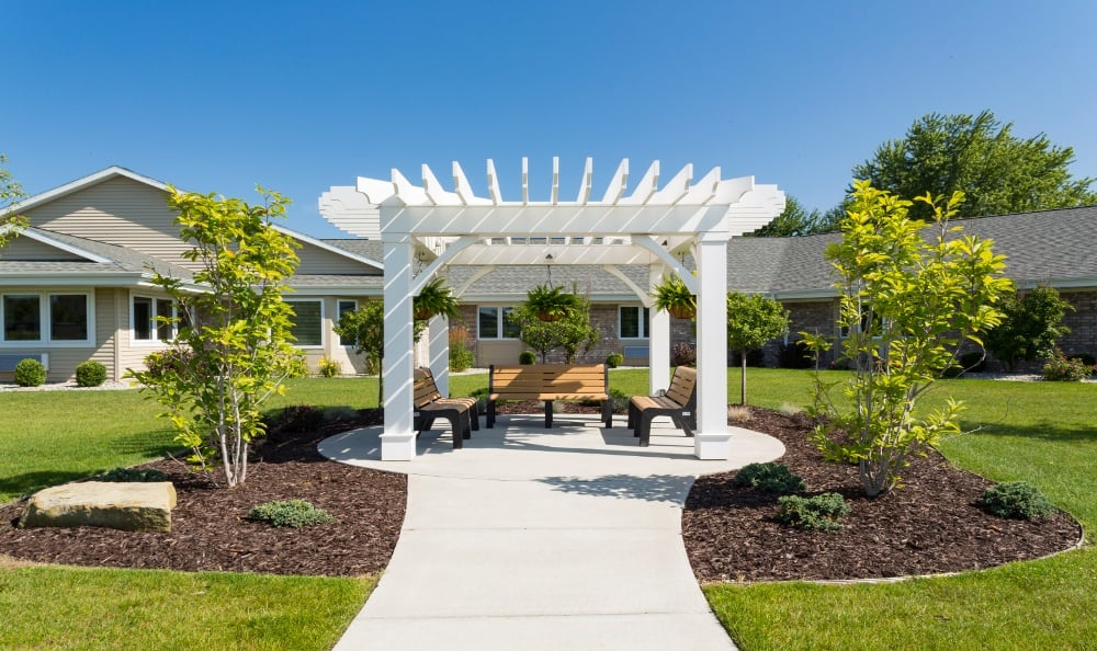 Enjoy the Gazebo at Senior Living In Holland, MI