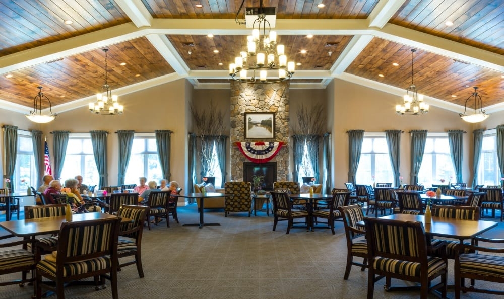 Enjoy the Dining Hall At Senior Living in Jenison, MI