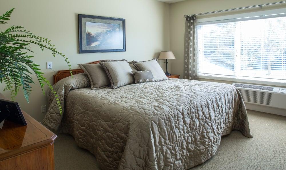 Example Bedroom at Senior Living In Jenison, MI