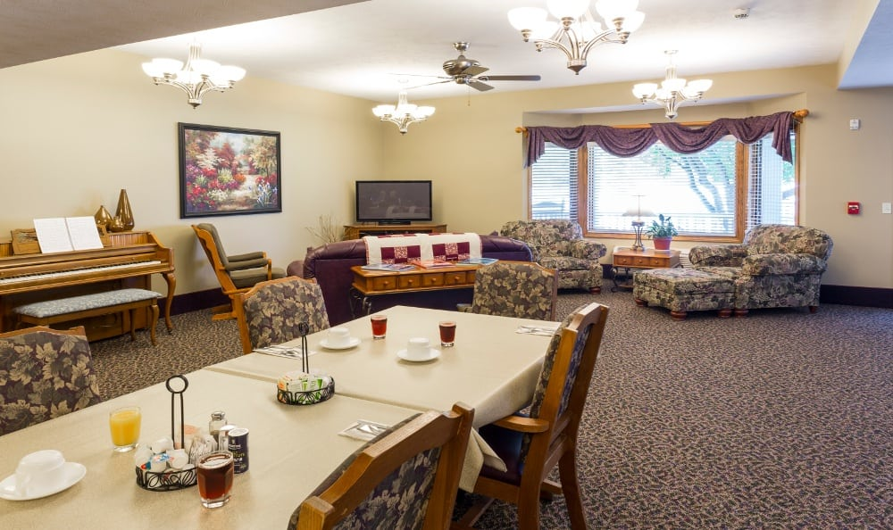 Activities At Senior Living in Kentwood, MI