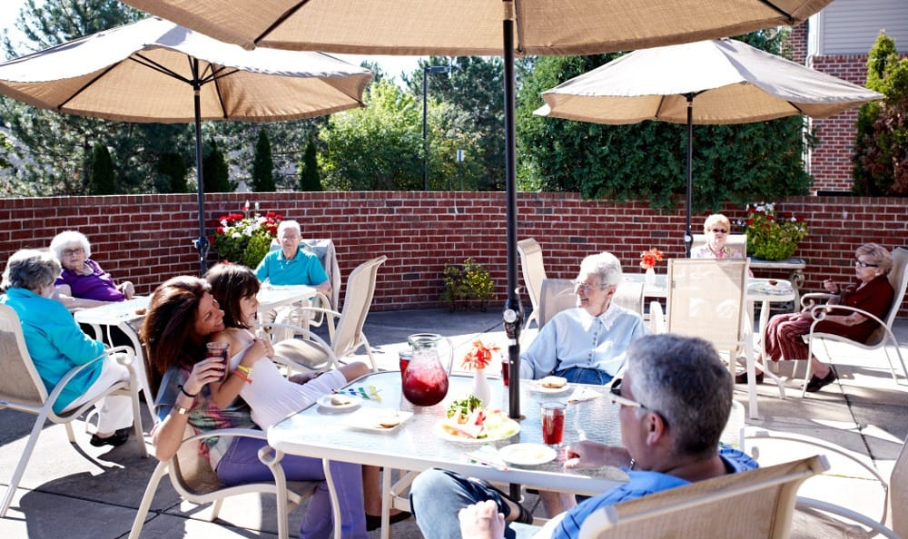 Relax On The Patio At Senior Living in W Bloomfield, MI