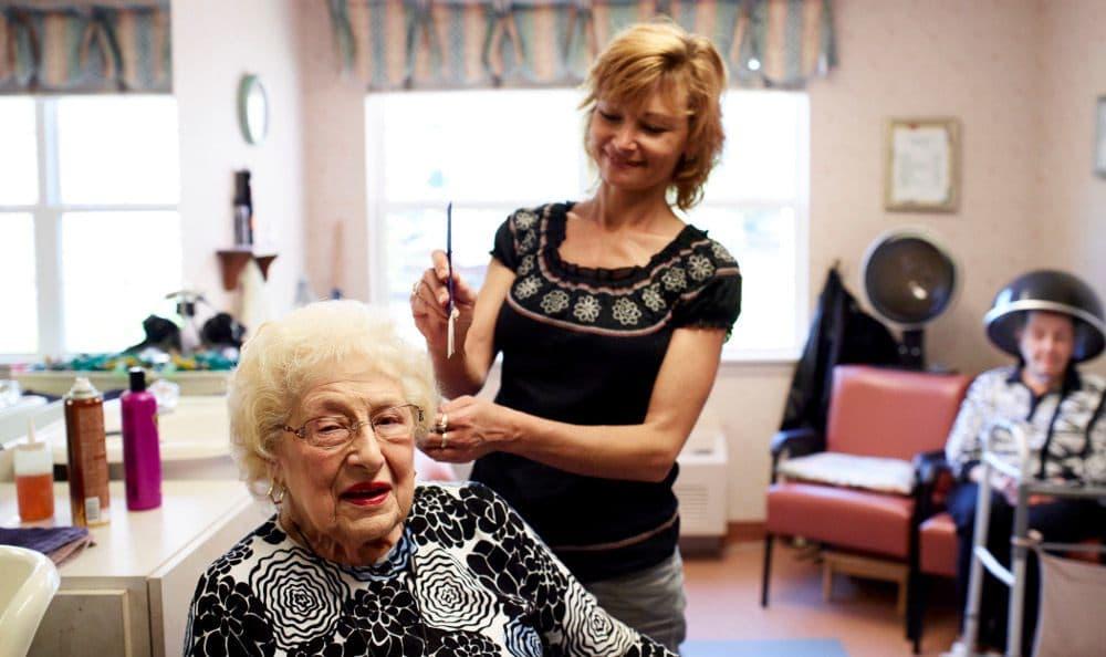 Activities At Senior Living in W Bloomfield, MI