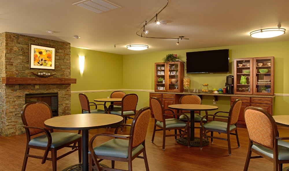 Enjoy the Cafe At Senior Living In Westland, MI