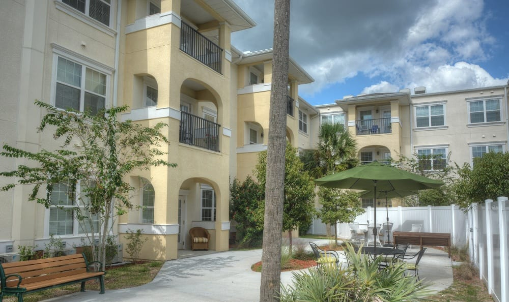 Exterior Of Senior Living In Zephyrhills, FL