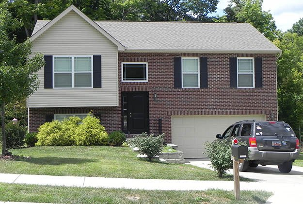 Available single family home in Burlington, KY