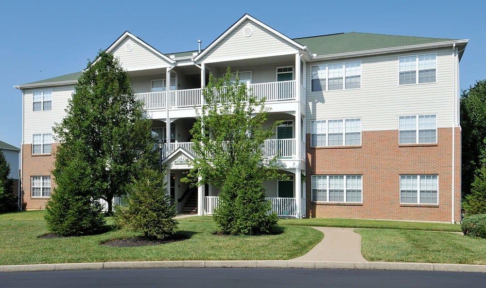 Charleston Pines Apartment Building Exterior