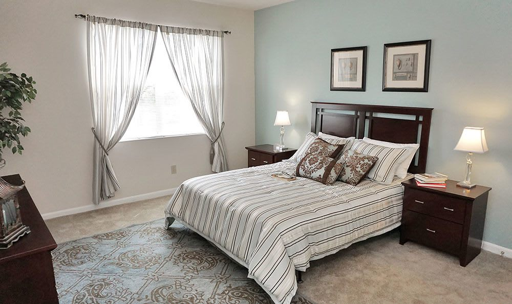 Charleston Pines Modern Bed Room
