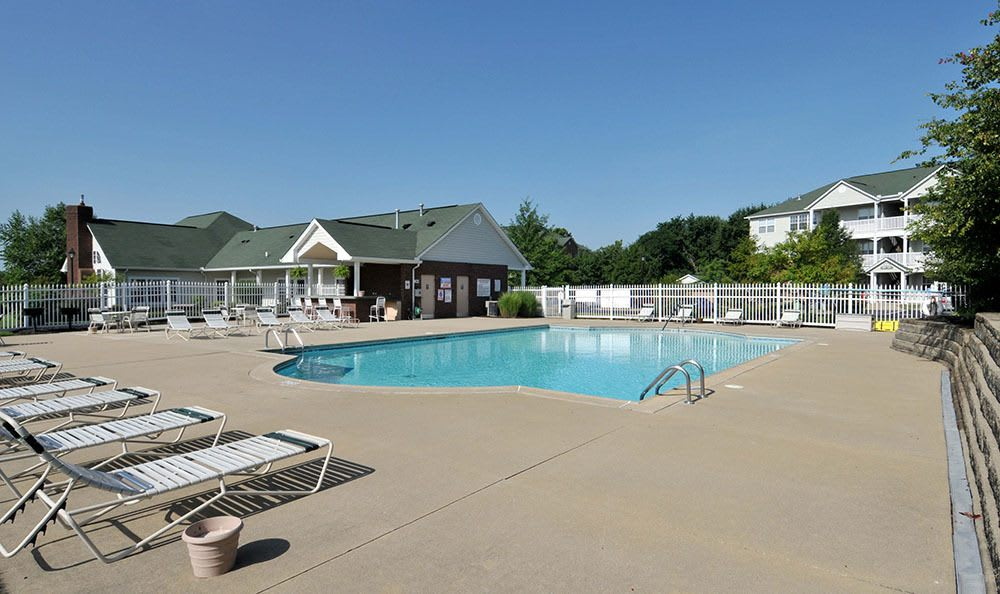 Charleston Pines Swimming Pool