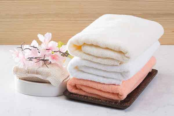 Senior living community with housekeeping and linens service at The Trace