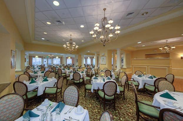Enjoy meal time in our beautiful dining area at Aston Gardens At Pelican Pointe