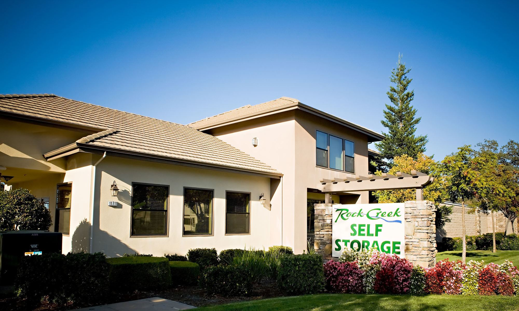 Self storage in Auburn CA