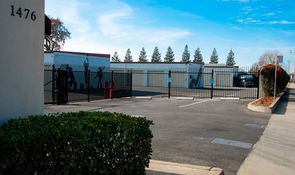 Storage Solutions At Freeport Self Storage In Sacramento