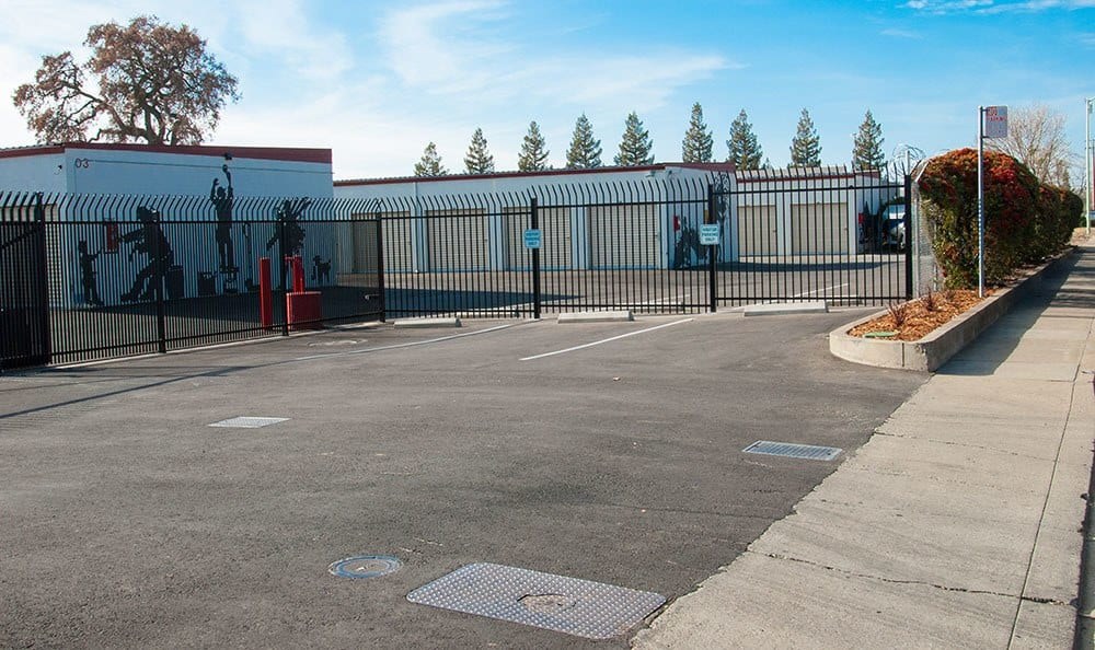 Welcome to Self storage units in Sacramento