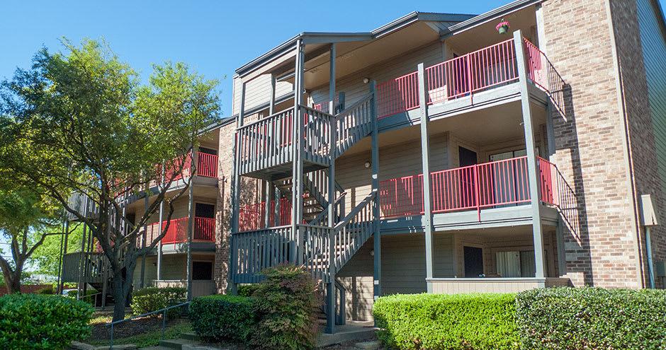 Building apartments at Promenade at Valley Ridge in Irving, Texas