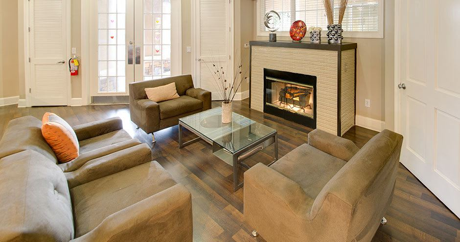 Luxury apartments with a fireplace in Winter Park, FL