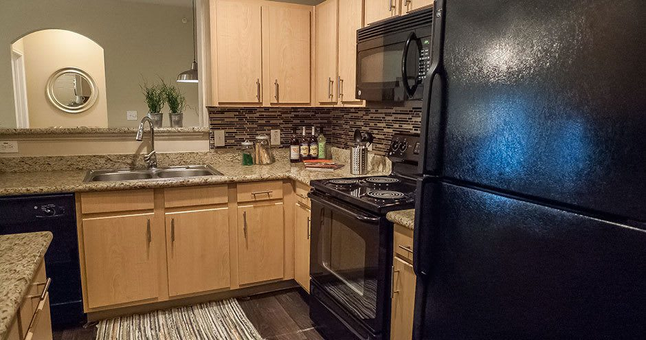 City Parc at Keller offers a spacious kitchen in Fort Worth, Texas